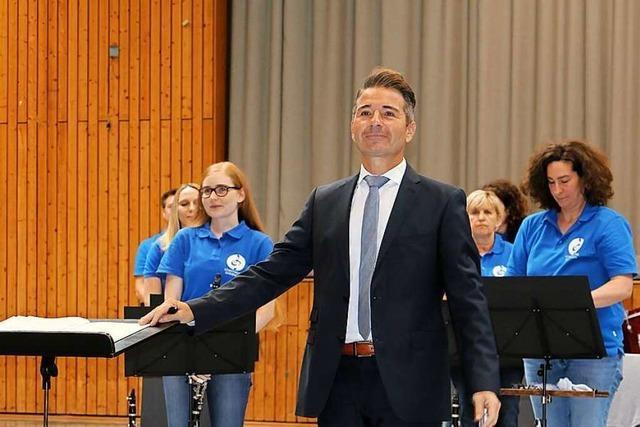 Dirigent Rüdiger Müller will endlich wieder arbeiten