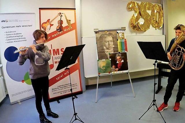 Breisacher Jugendmusikschüler gratulieren dem großen Komponisten virtuell