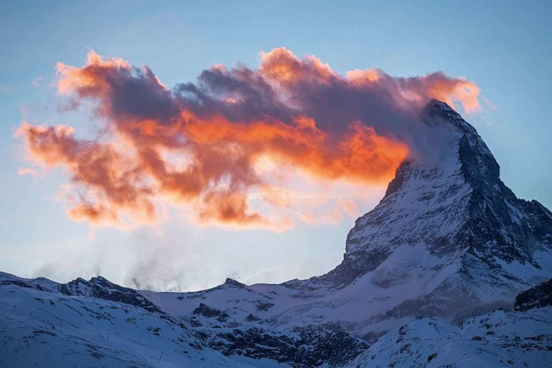 Weitsicht, Wolken, Wehmut: Wenn wir ni...Ferne – wie hier ans Matterhorn.  | Foto: AirPano LLC / Max Guzovsky