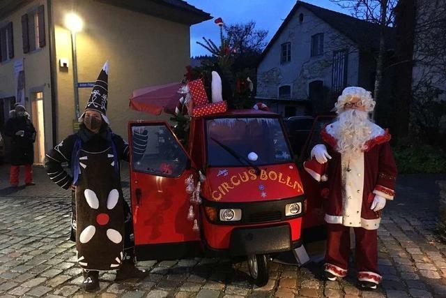 Das Christmas-Mobil ist in Bollschweil unterwegs