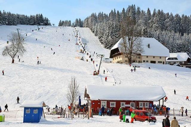 Skilift Waldau: Der Schneehof und seine Piste