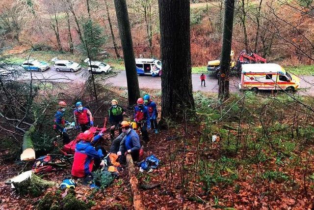 Bergwacht Sulzburg birgt verletzten Waldarbeiter
