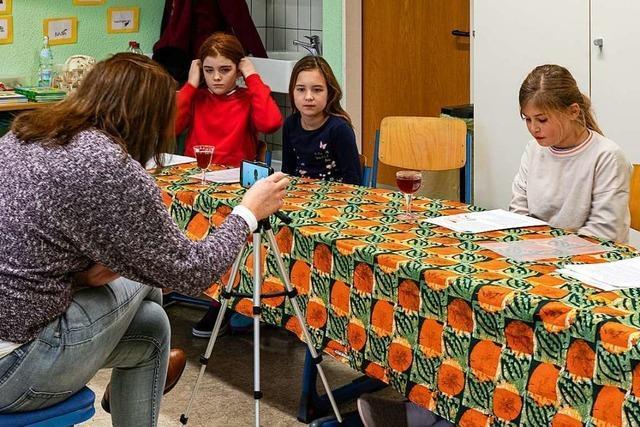Kinder schreiben Briefe an den Lügenbaron