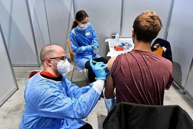 Freiburger Impfzentrum könnte bei früherem Impfstart erstmal nur unter Teillast arbeiten