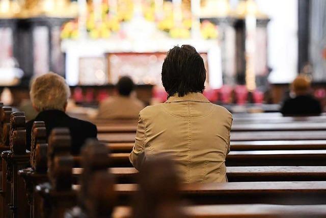 Religionen und Politik: Gottesdienste an Weihnachten möglich