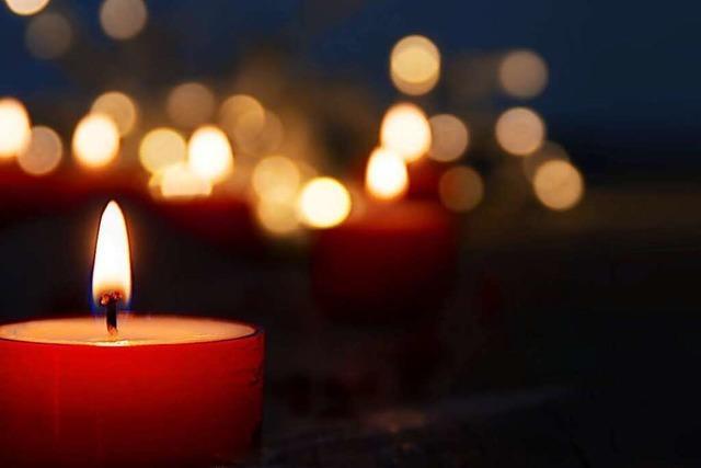 Sterbebegleiter bringen Licht in das Warten auf den Tod