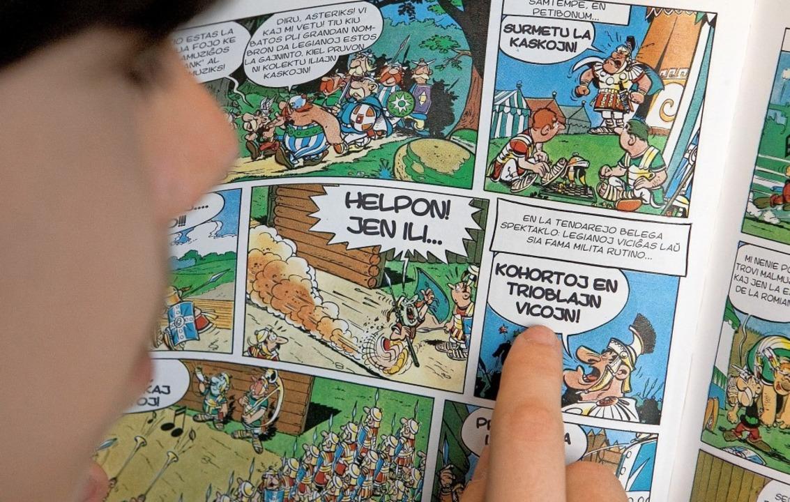 Auch Asterix-Comics gibt es auf Esperanto.   | Foto: Friso Gentsch