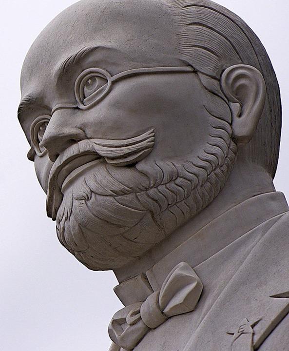 Ludwik Zamenhof aus Stein  | Foto: Swen Pförtner