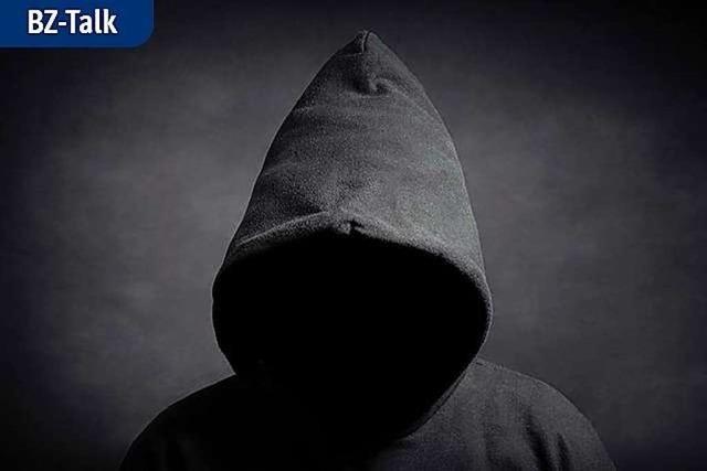 BZ-Talk mit Michael Butter über mehr Schutz vor Verschwörungstheorien