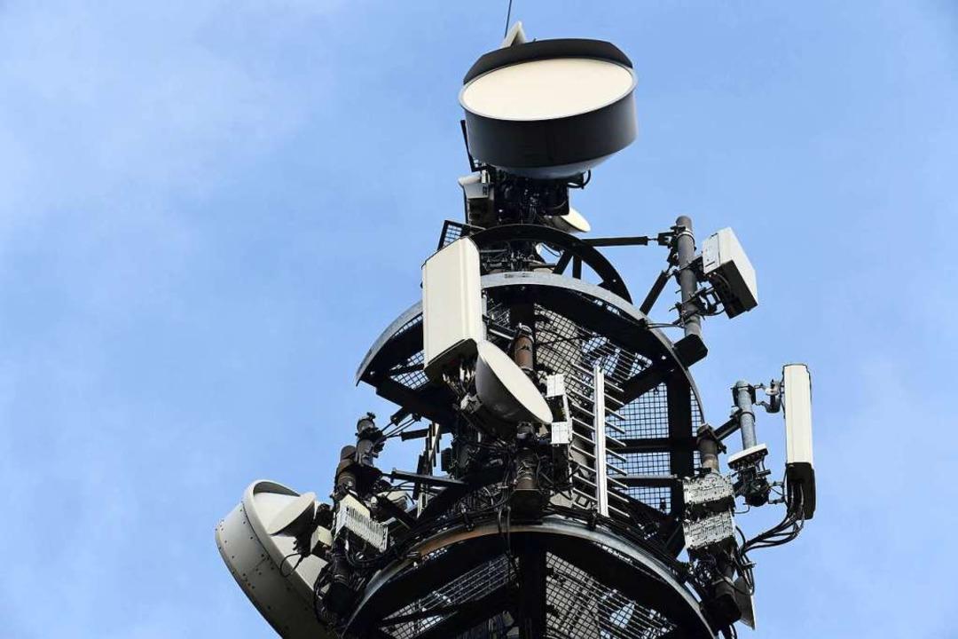 r Sendemast für den Mobilfunk-Standard 5G  | Foto: Soeren Stache (dpa)
