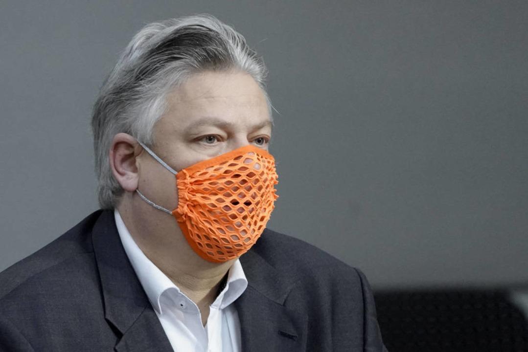 Thomas Seitz provozierte im Bundestag mit Löchermaske  | Foto: via www.imago-images.de