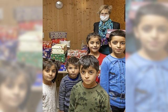 Päckchen für Kinder im Flüchtlingsheim