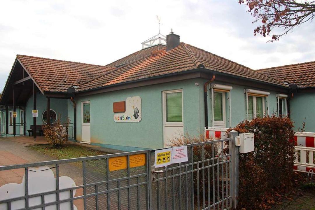 Der Altbau des Bötzinger Gemeindekinde...en auf eine Million Euro veranschlagt.  | Foto: Horst David