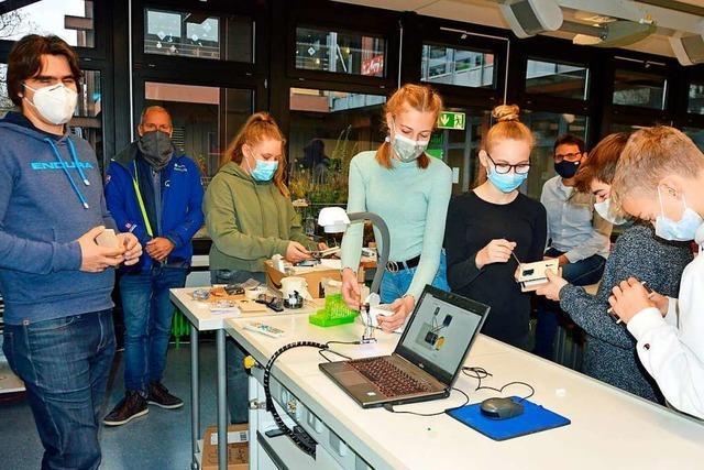 Schüler bauen in Kirchzarten CO<sub>2</sub>-Ampeln selbst