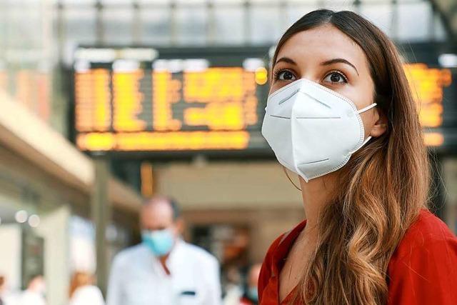 Die vom Sozialministerium verschickten Masken schützen vor der Übertragung des Coronavirus