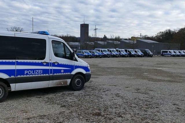 Wenige Demonstranten kommen nach Weil am Rhein – Protest verlagert sich nach Freiburg