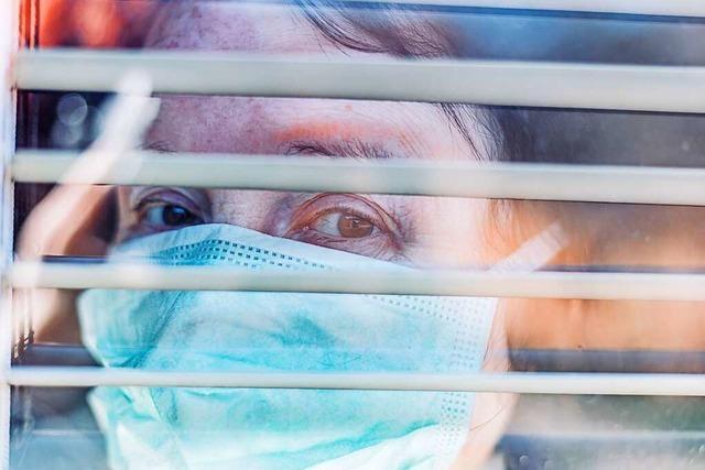 Durch die Hölle im Pflegeheim: Wenn Corona die Schwächsten der Gesellschaft heimsucht