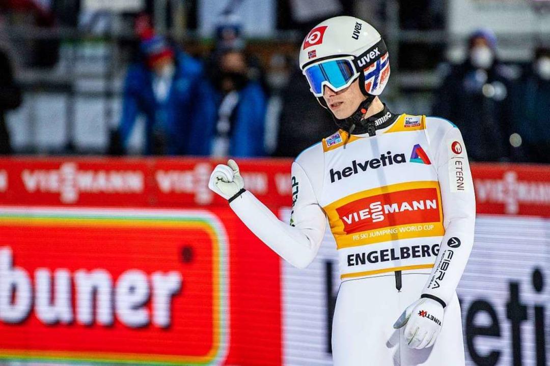 Zurzeit die Nummer eins unter den Skis...n:  Halvor Egner Granerud aus Norwegen  | Foto: Urs Flueeler (dpa)