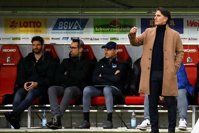Nach dem Spiel beim SC Freiburg hat Labbadias Mantel ausgedient