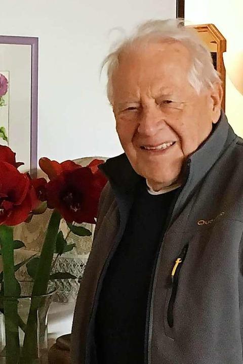 Der leidenschaftliche Krippenbauer Rudi Schnell aus Seelbach    Foto: Privat