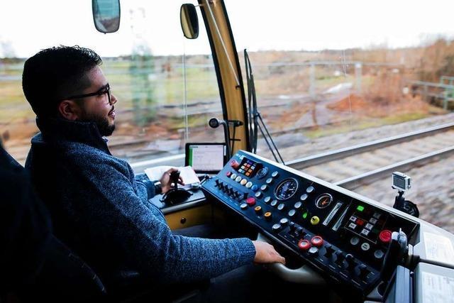 Freie Fahrt für Geflüchtete als Lokführer - neues Projekt geglückt