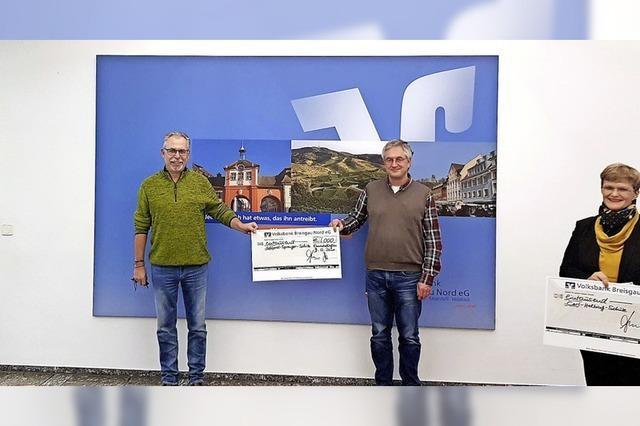 15 000 Euro für 15 Schulen