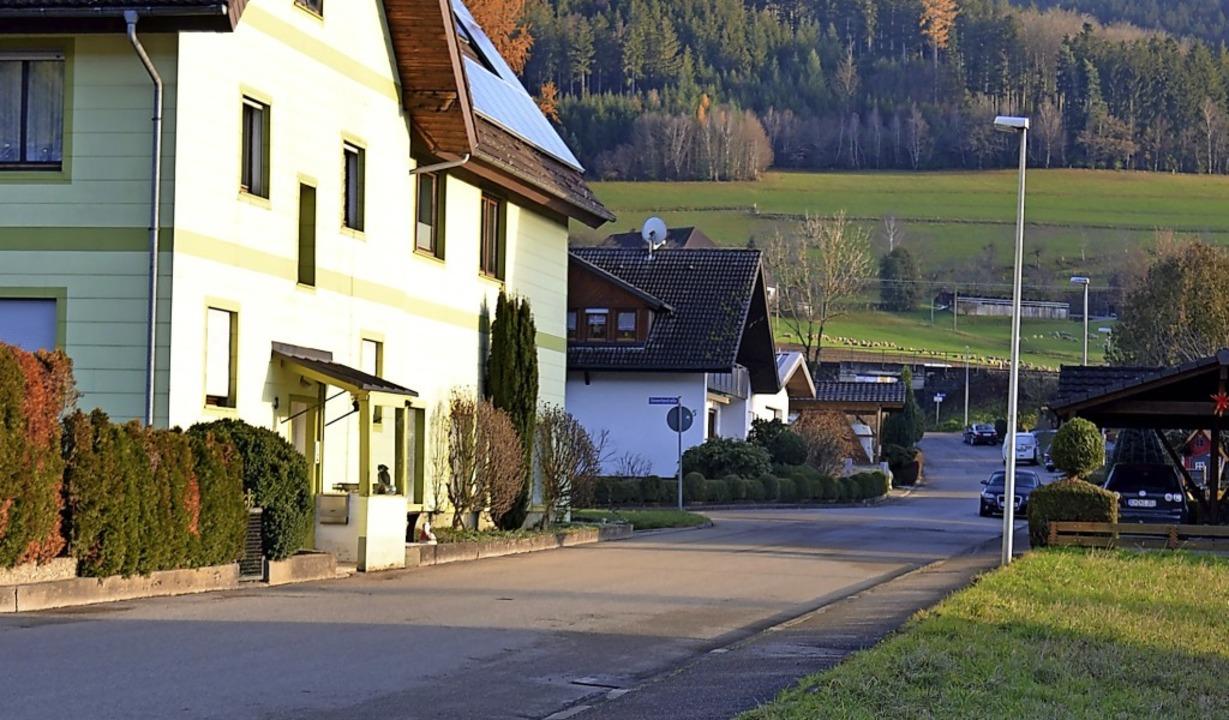 Eines der Hauptvorhaben im Haushaltspl...ufahrtsstraße zum Wohngebiet Riedweg.   | Foto: Nikolaus Bayer