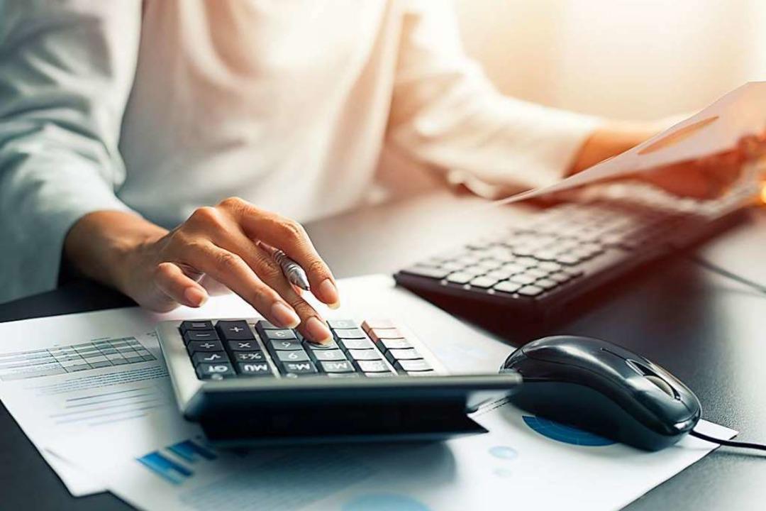 Die Buchhalterin missbrauchte die Kont...e den neuen Geschäftsführer der Firma.  | Foto: sutlafk (Adobe Stock)