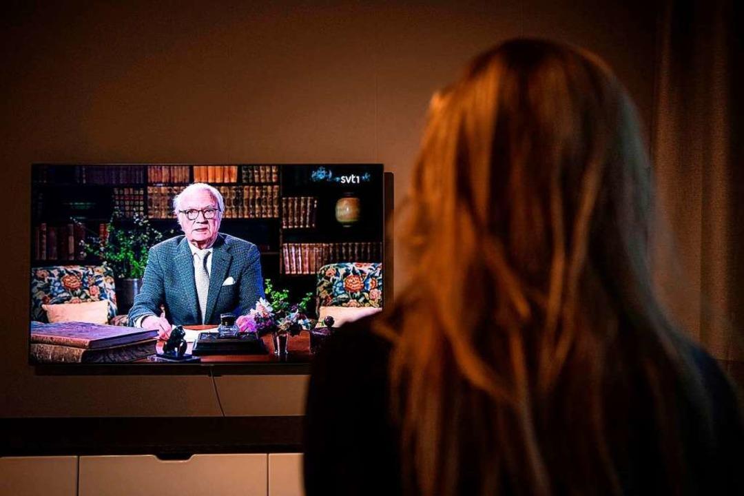 TV-Ansprache von Schwedens König Carl XVI. Gustaf.  | Foto: JONATHAN NACKSTRAND (AFP)