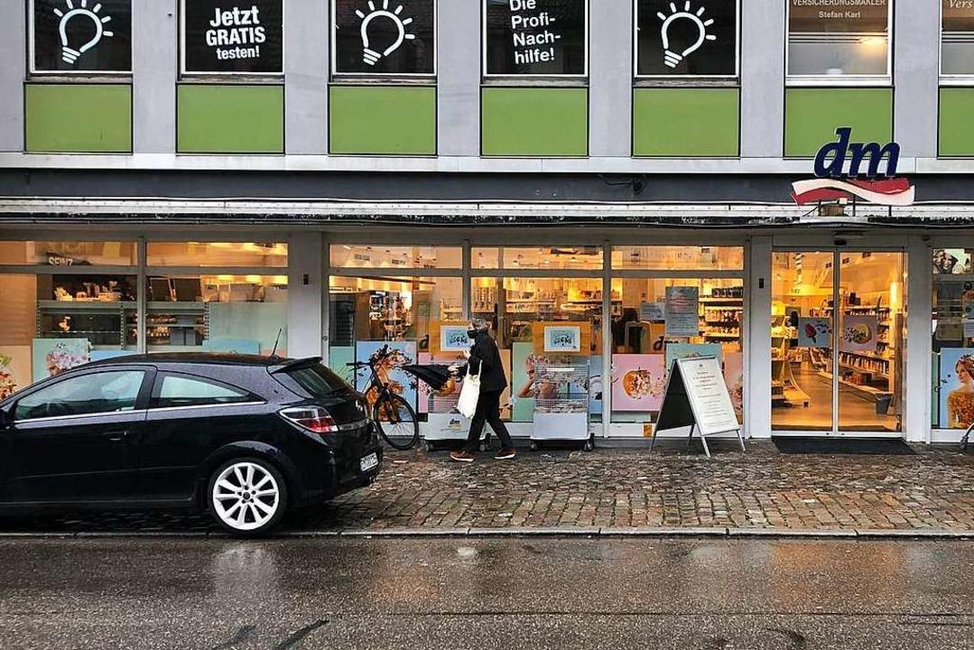 Der dm-Markt an der Lange Straße schli...ür zieht ein inklusiver Bio-Markt ein.  | Foto: Felix Lieschke