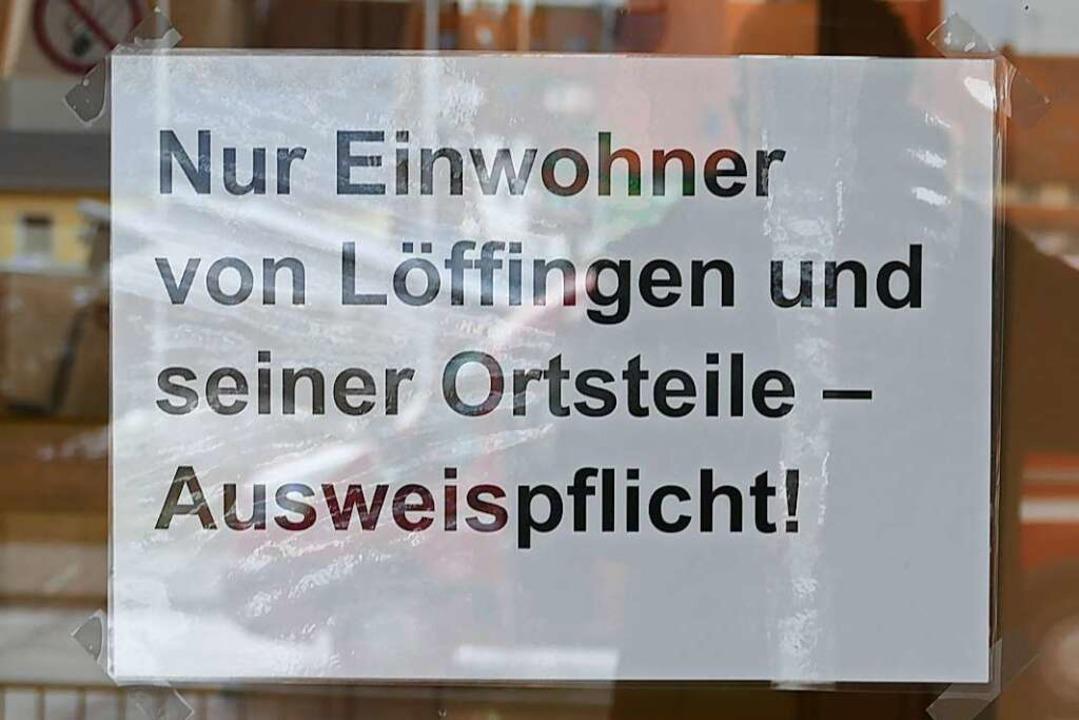 Hinweis am Eingang    Foto: Martin Wunderle