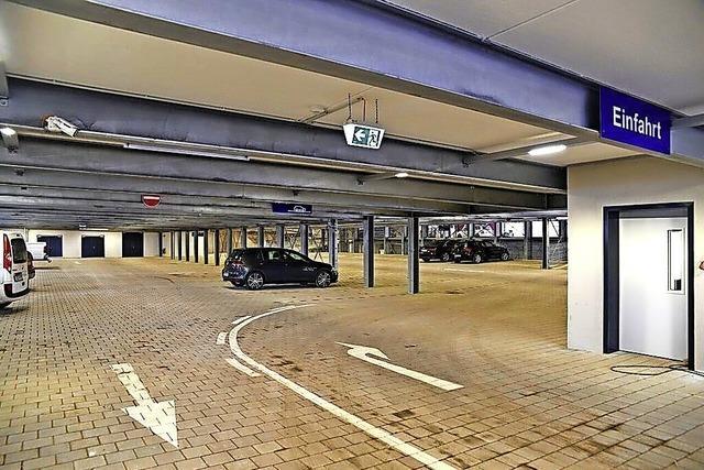 Mehr Parkplätze im Freien