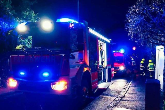 Feuerwehr löscht Brand an Heiligabend – Einliegerwohnung unbewohnbar