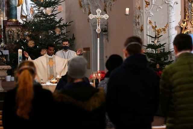 Nur wenige Gläubige kommen in Lahr an Heiligabend in die Christmette