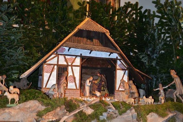 Wyhl feiert Weihnachten unterm freien Himmel
