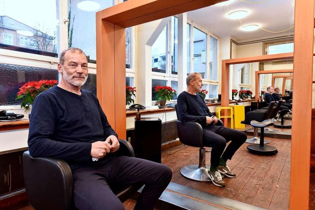 Handwerk in der Werkstatt: Claus Sanders neuer Salon macht etwas her.  | Foto: Thomas Kunz