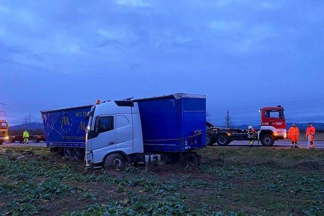 Lkw-Unfall zwischen Achern und Appenweier: Südfahrbahn wieder frei