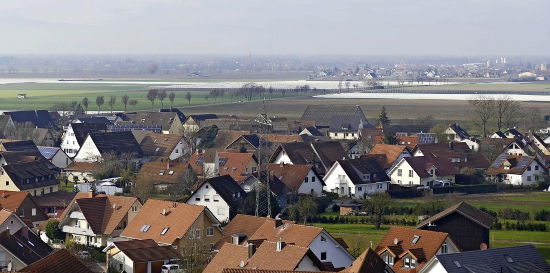 Zwischen dem Bad Krozinger Ortsteil Sc...em Gebiet Spuren hinterlassen werden.   | Foto: Frank Schoch