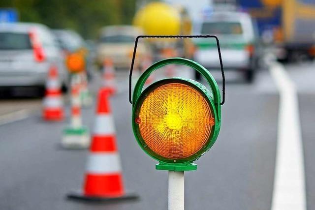 Unfall: 38-Jähriger fährt zu schnell durch die Kurve