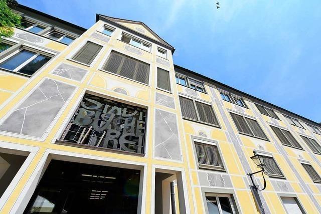 Die Freiburger Stadtbücherei hat auf, obwohl sie zu hat