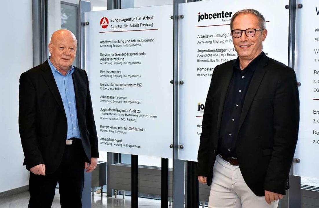Wechsel im Jobcenter Freiburg: Auf Ulrich Lang (links) folgt Alexander Merk.  | Foto: Thomas Kunz