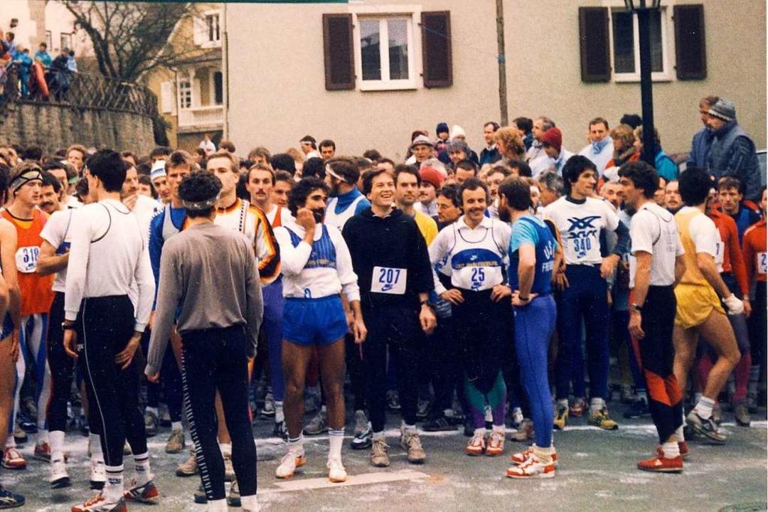 1988 am Start im Britzinger Ortskern: ...r das Laufen eher noch eine Subkultur.  | Foto: Herbert Hebeck