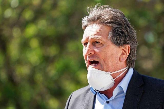 Opposition kritisiert Landes-Gesundheitsminister Lucha
