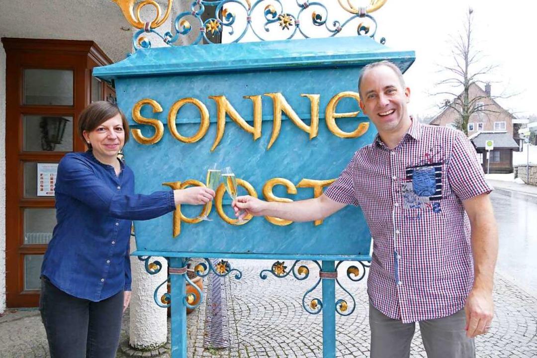Schauen voller Zuversicht ins neue Jah...en darauf an:  Yvonne und Thomas Eiche  | Foto: Tanja Bury