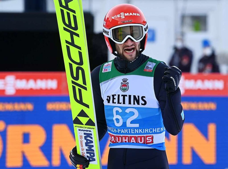 Der hat gesessen: Markus Eisenbichler ...n in der Qualifikation auf Platz drei.  | Foto: CHRISTOF STACHE (AFP)