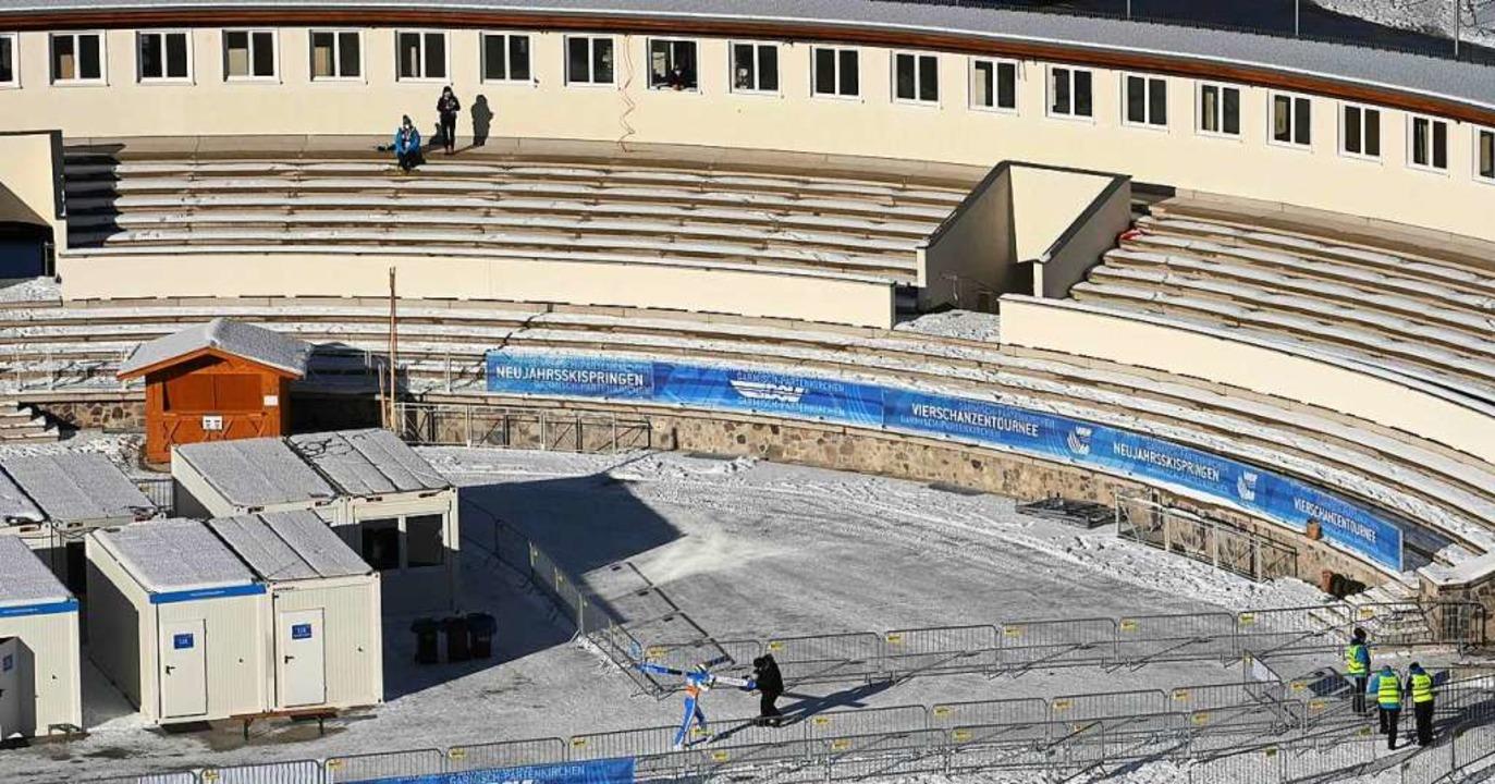 Das Olympiastadion ist praktisch mensc...sind auch an Neujahr nicht zugelassen.  | Foto: CHRISTOF STACHE (AFP)