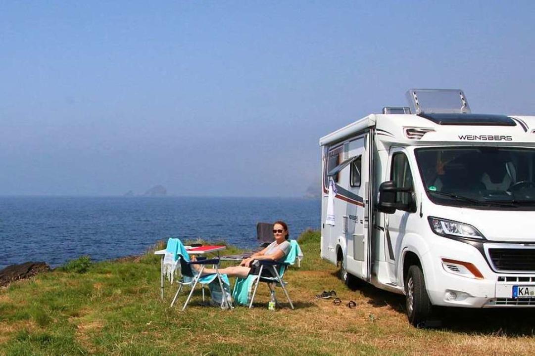 """""""Hotel Paradiso"""" mit Terra...urischen Atlantikküste in Nordspanien.    Foto: Alexander Dick"""