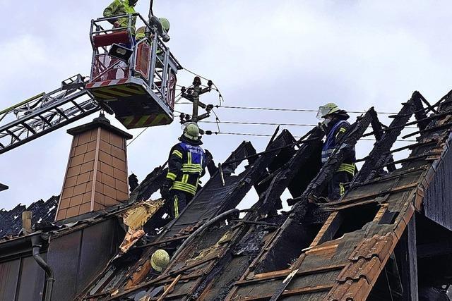Wohnhaus wird Raub der Flammen