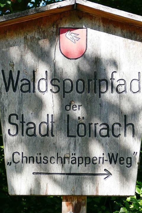 Ein Weg, vier Bezeichnungen: Trimm-dic...pfad, Chnüschnäpperi-Weg, Vitaparcours  | Foto: Martina David-Wenk