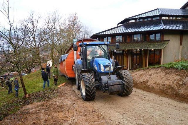 Der Bauwagen für den Friesenheimer Naturkindergarten steht